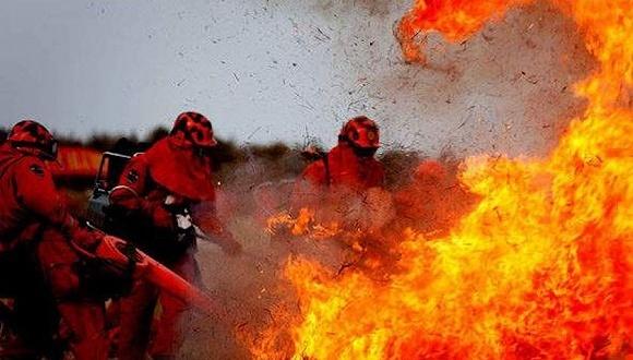 據大陸官方消息,4月30日,內蒙古大興安嶺發生從俄羅斯境外燒入的森林大火。目前撲救工作正在進行中。(網絡圖片)