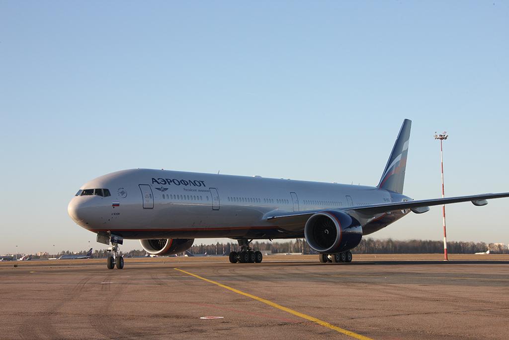 周一(5月1日),俄羅斯國際航空公司一架從莫斯科飛往曼谷的航班在飛行途中遭遇亂流,引發「空中地震」。圖為俄羅斯國際航空公司一架波音777客機。(Aeroflot)