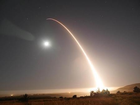 一周內第二次 美軍向太平洋發射遠程導彈