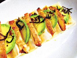 豆腐佐牛油果天婦羅冷盤