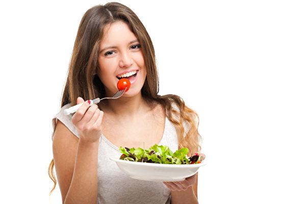 人體所需的5大類營養素,可化分為宏量營養素與微量營養素。(Fotolia)