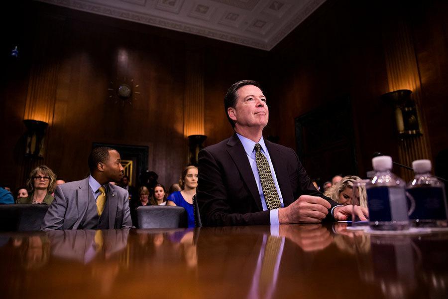 FBI局長:大選前查希拉莉電郵門是正確選擇