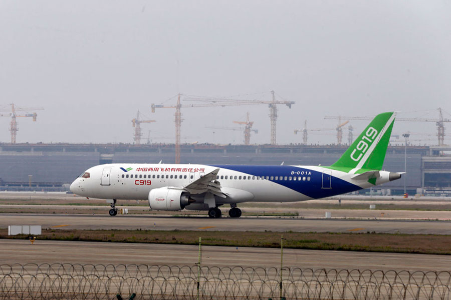 中國商飛公司5月3日宣佈,國產大型客機C919將於本周五正式首飛。(AFP/Getty Images)
