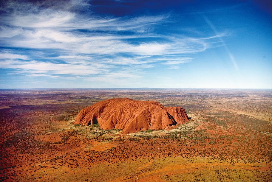 澳大利亞著名巨岩烏魯魯(Uluru)。。(網絡圖片)