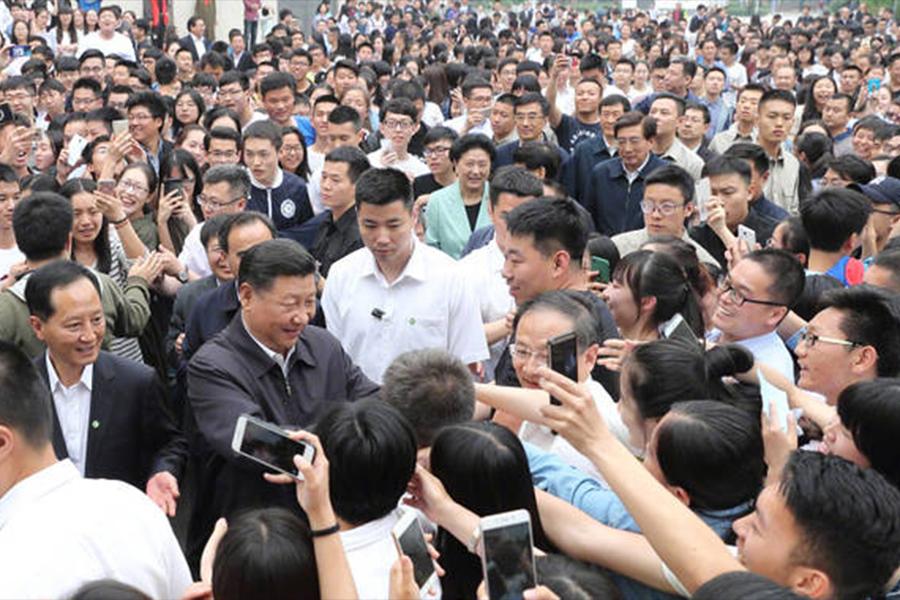 5月3日,習近平現身中國政法大學校園視察。(網絡圖片)