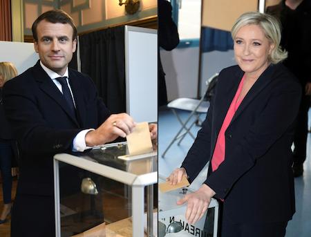 周日(5月7日),法國總統大選進行第二輪投票。中間派候選人馬克龍(左)和極右派候選人瑪琳勒龐(右)將一決勝負。圖為兩人分別進行投票。(ERIC FEFERBERG, JOEL SAGET/AFP/Getty Images)