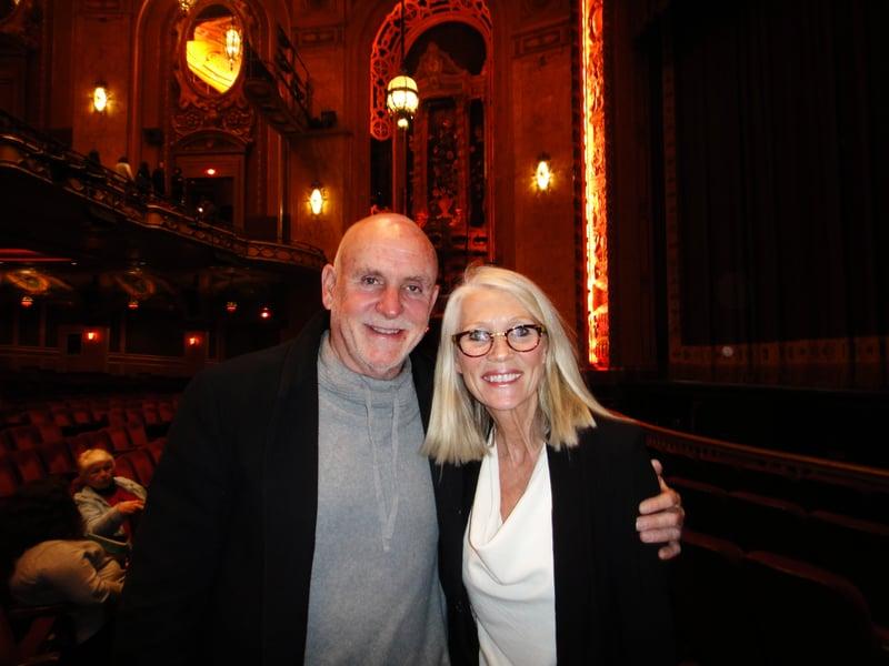 建商William Hunter和太太Lisa Hunter讚歎地說:「神韻演出很好看,舞蹈很優美,舞蹈編排很棒,舞蹈藝術家們都才華橫溢。」(滕冬育/大紀元)