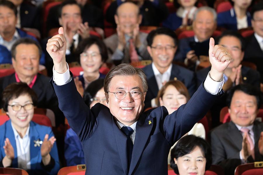 民調指文在寅當選南韓總統