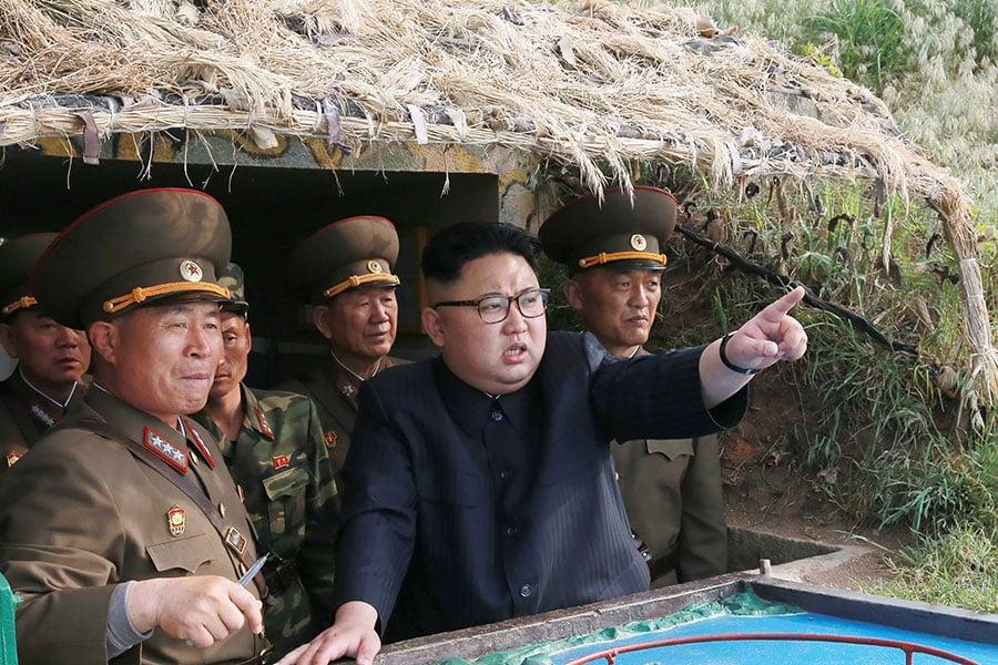 據日媒報道,美國特朗普政府願意邀請金正恩訪美會談,並已將相關消息告訴北京當局。(STR/AFP/Getty Images)