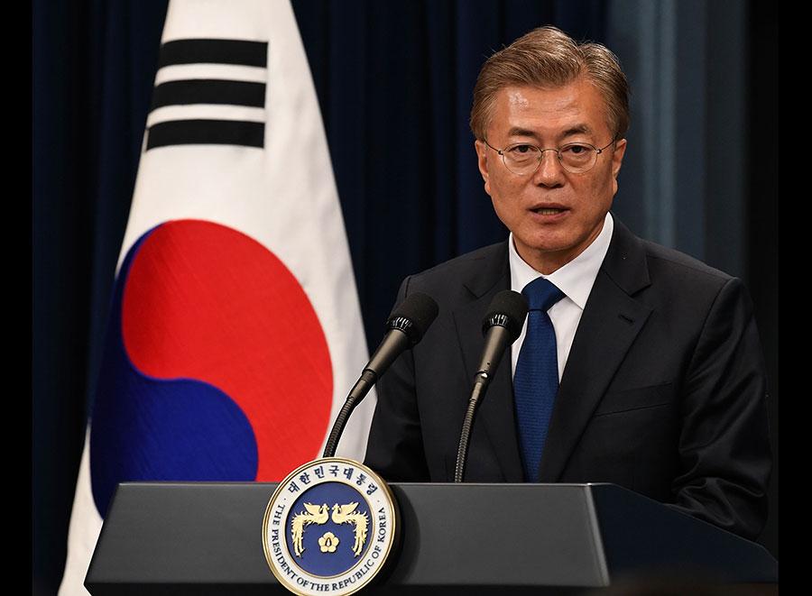 南韓新任總統文在寅(Moon Jae-in)5月10日宣誓就任第19任總統。(Kim Min-Hee-Pool/Getty Images)