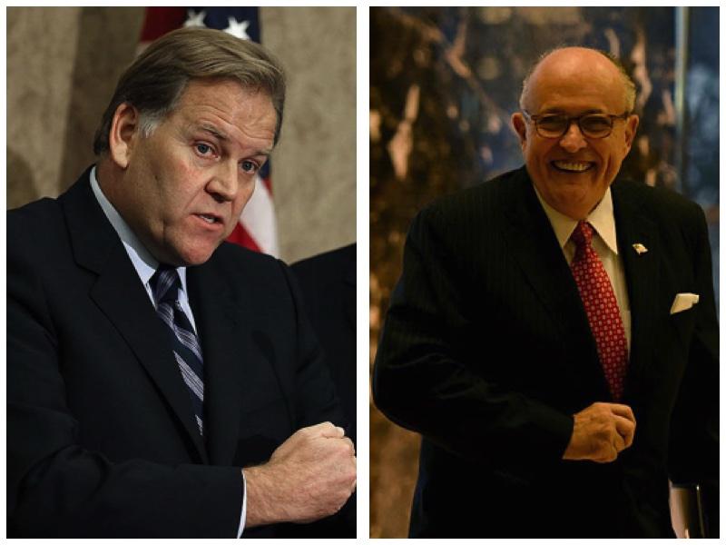前眾議院情報委員會主席羅傑斯(Mike Rogers)和前紐約市長朱利亞尼(Rudy Giuliani)。(Getty Images/大紀元合成圖)