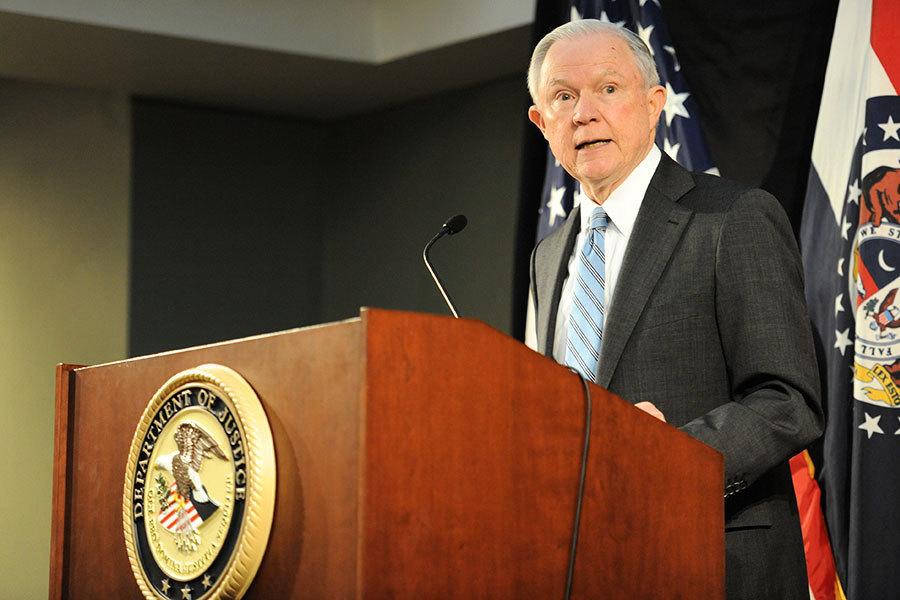 推翻奧巴馬政策 塞申斯指示嚴懲罪犯