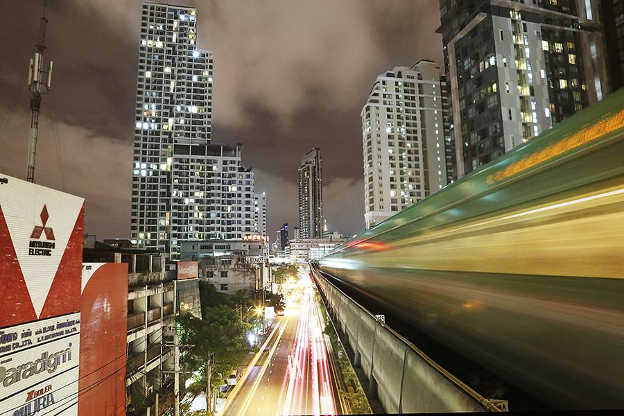 今天公佈的數據顯示,泰國今年第1季經濟成長速度稍微加快,逐漸從泰王普密蓬辭世引發的經濟不振中復甦。(Pixabay)