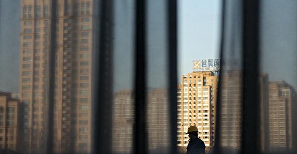 近日一位剛剛從大陸逃亡出來的谷先生揭「特區經濟發展」內幕。(AFP)