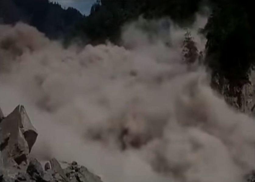 印度喜馬拉雅山區山崩 逾萬人受困