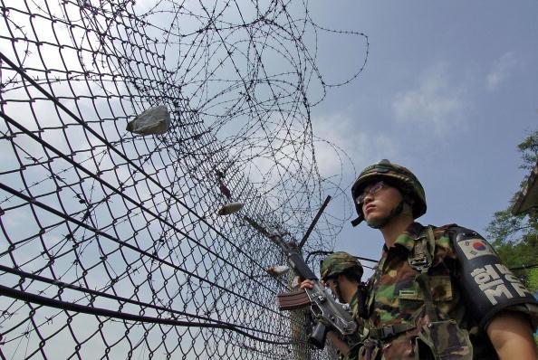 北韓不明物飛越南韓 南韓鳴槍還擊