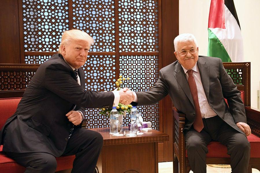 特朗普周二在訪問巴勒斯坦期間說:「我致力於實現以色列和巴勒斯坦之間的和平協議,我也將盡全力幫助他們實現這一目標。」(PPO via Getty Images)