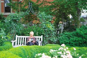 探訪紐約西村秘密花園 傑斐遜市場花園