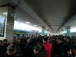 湘豫數百老兵上訪無果遭推諉 集體挺進北京