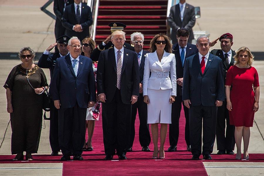 特朗普攜梅拉尼婭5月22日抵以色列首都特拉維夫。(Ilia Yefimovich/Getty Images)