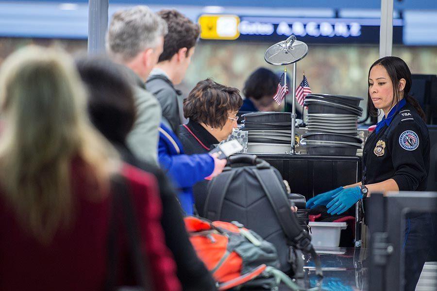 美機場安檢新措施 瞄準電子產品和食品