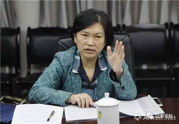 武漢大學新聞系主任夏琼教授。(網絡圖片)