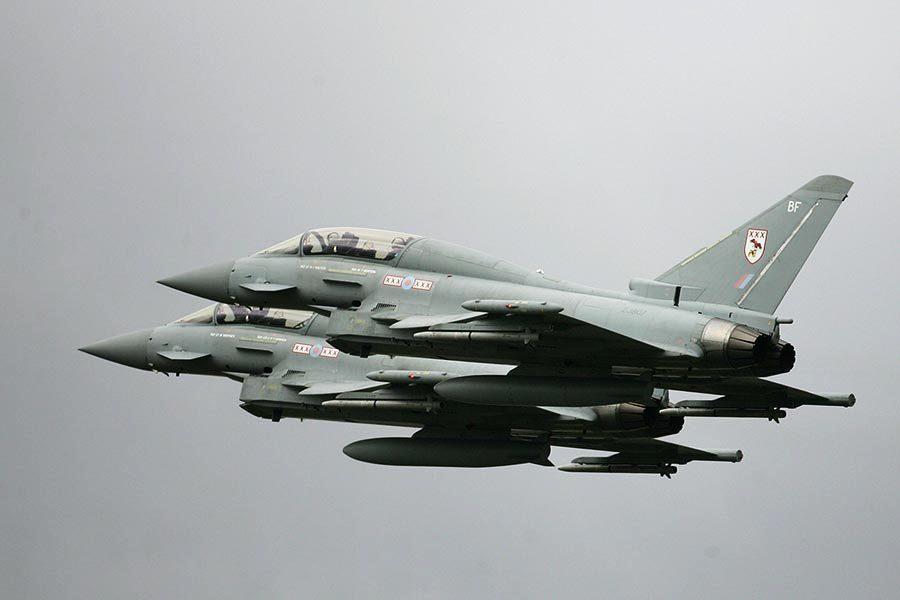 俄羅斯飛機入侵英領空 英皇家空軍攔截