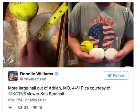 美中的一些居民周六發現他們地區所下的冰雹比壘球還大。(網頁擷圖)