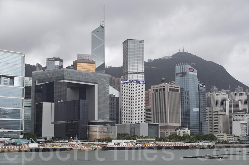 5月27日中共人大召開的基本法座談會上,張德江否定香港的三權分立。(余鋼/大紀元)