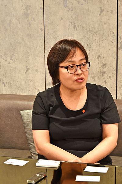 中國嘉德國際拍賣的董事總裁胡妍妍女士(英格)