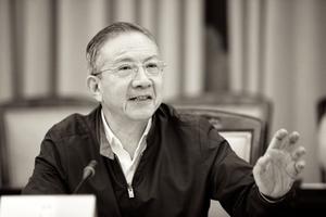 專訪鄭恩寵:陳旭後台劉雲耕揭秘