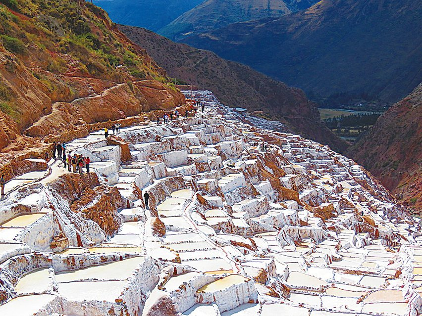 鹽田(Salinas de Maras)。(Jdbenthien/CC/Pixabay)