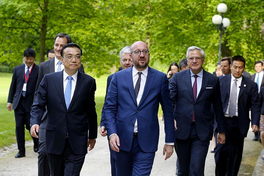 李克強在過去的一周訪歐,正值美國宣佈退出巴黎氣候協議之際。(AFP PHOTO/Belga/NICOLAS MAETERLINCK/Belgium OUT)