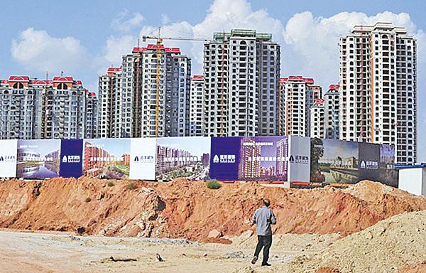 5月份大陸一線城市整體下行,唯有深圳的二手房成交量出現上漲,業界擔憂大陸樓市再現大幅波動。(Getty images)