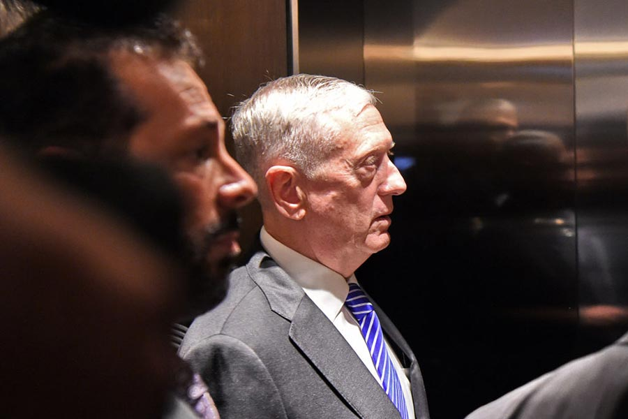 美國國防部長詹姆斯・馬蒂斯6月3日在亞洲出席香格里拉對話會議。(ROSLAN RAHMAN/AFP/Getty Images)