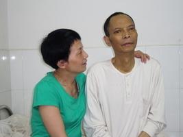 李旺陽逝世五周年 胞妹遭監控 五十人被軟禁