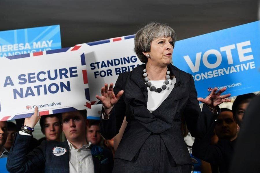 英大選前夕保守黨民調慘跌 到底發生甚麼