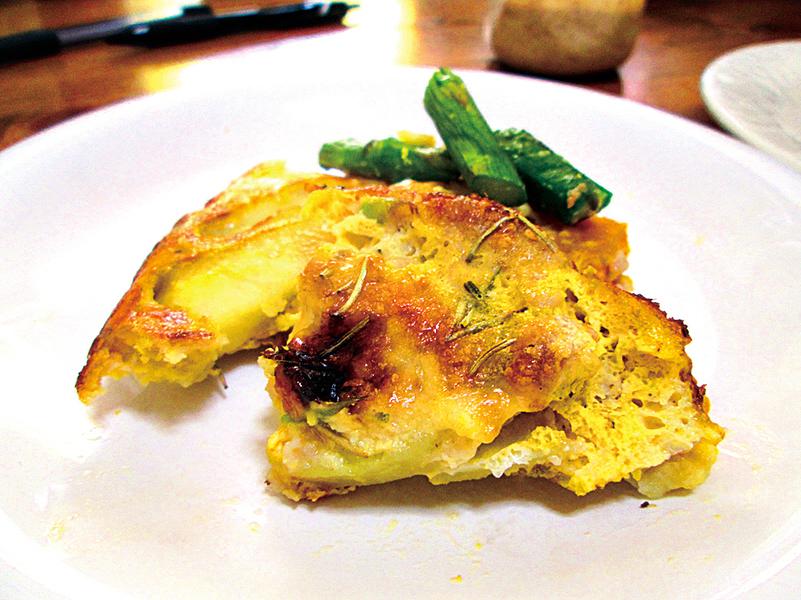 早餐上桌---香烤鮮蛋吞拿魚薯餅
