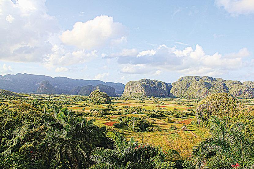 位於古巴‧雲尼斯山谷的喀斯特地形。(Greg Montani/CC/Pixabay)