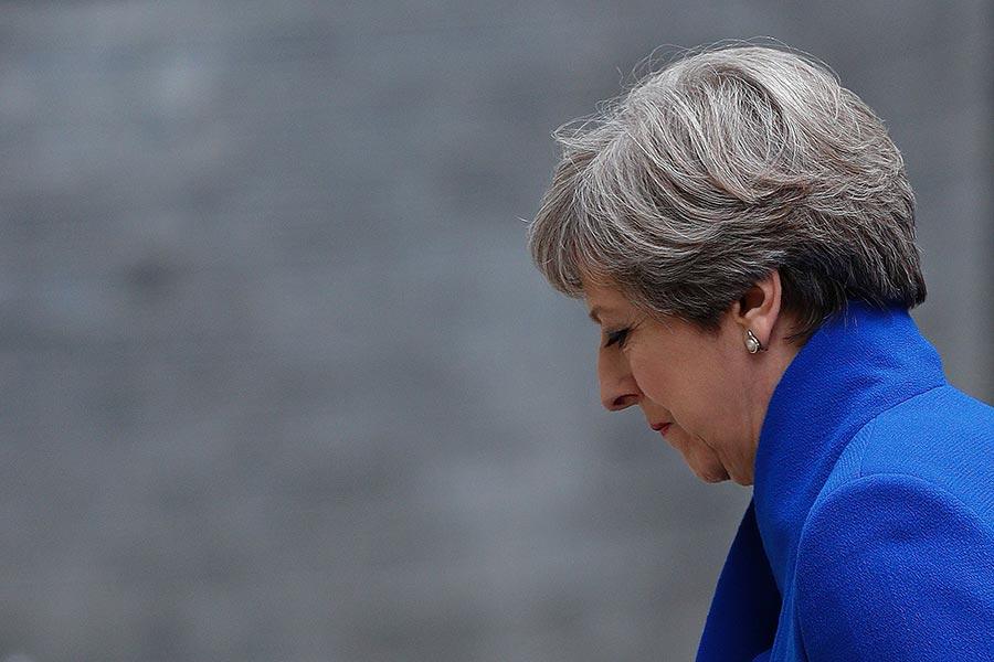 英國首相文翠珊的保守黨黨魁位置,正面臨黨內龐大壓力,保守黨或有可能提出另一位候選人來取代文翠珊。(ADRIAN DENNIS/AFP/Getty Images)