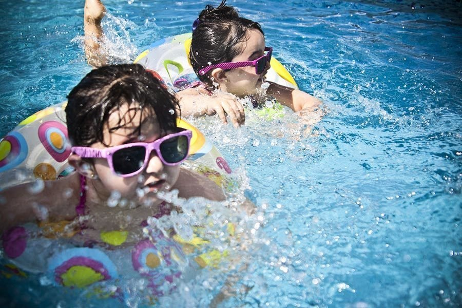 德州四歲男孩游泳一周後「遇溺」身亡
