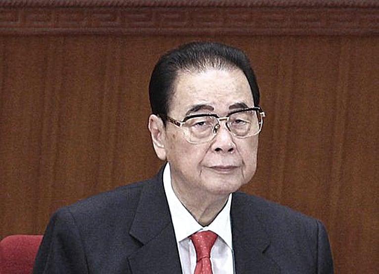 5月19日晚上10時,李鵬發表講話重申中共中央的立場,採取「嚴厲措施結束騷亂」。(網絡圖片)