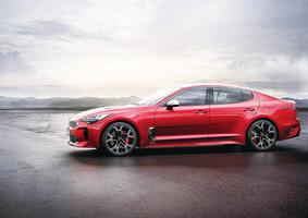 KIA STINGER 高性能轎車正式上市