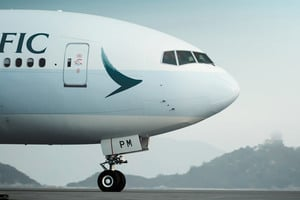 【苗柏襲港】超過四十班機取消 三百多航班延誤