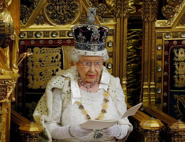 女皇演講被推遲 三分鐘看懂英國當前政局