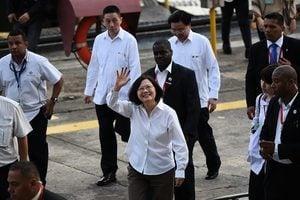 巴拿馬背棄百年邦交 台灣宣佈終止外交關係