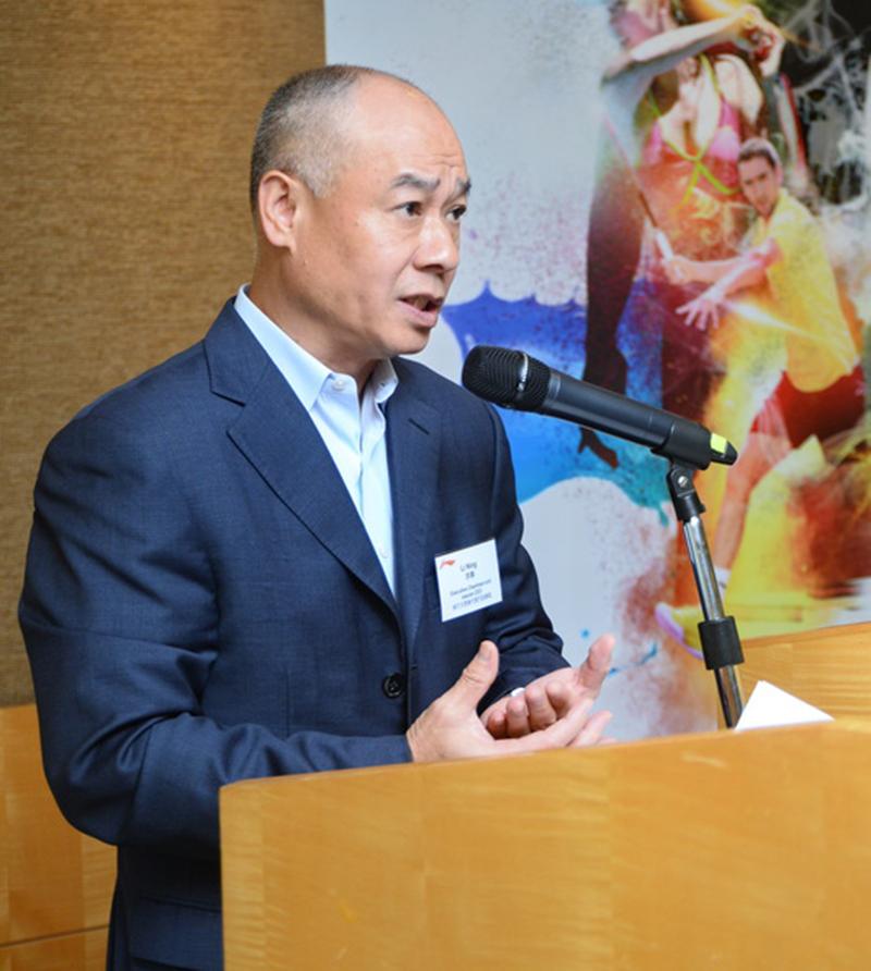 李寧執行主席李寧表示,大陸運動人口繼續上升,即使大陸經濟有下行風險,仍有信心今年可繼續錄得盈利。(宋祥龍/大紀元)