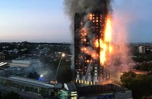 倫敦大火十二死 警方:死傷人數將大幅攀升