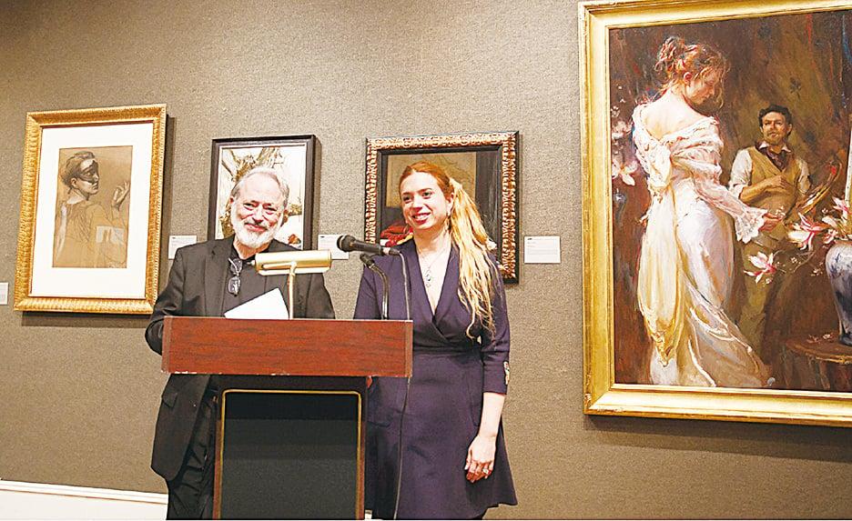 2017年5月12日,第12屆藝術復興中心國際沙龍展在紐約曼哈頓薩馬岡帝俱樂部(Salmagundi Club)的開幕酒會。