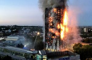 倫敦大火十七死 死傷人數將大幅攀升